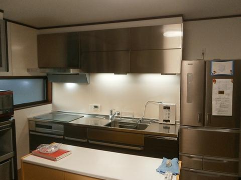 クリナップのS.S.で、総ステンレスの汚れにくく傷に強く美しいキッチンとなりました。