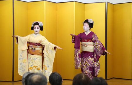 02_祇園祭舞妓さん_01.jpg